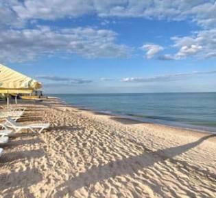 Где отдохнуть летом в россии на море недорого с детьми. лучшие курорты 2020, цены