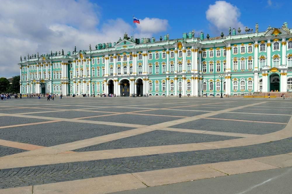дворцовая площадь зимний дворец открытка маленькие