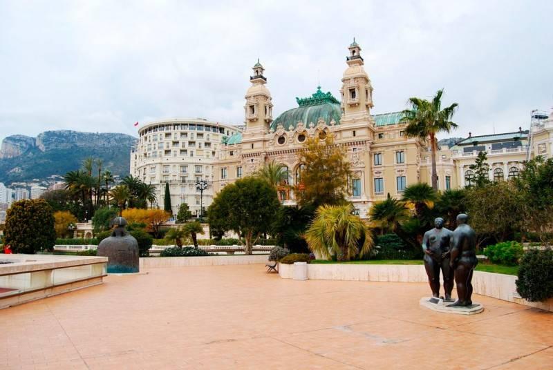 Бывших князей монако принцессы грейс казино монте карло отличное место играть в карты в дурака сонник